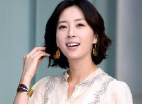 Song Yoon-ah isi ajuta managerul